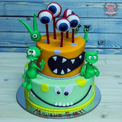 Торт с инопланетянами
