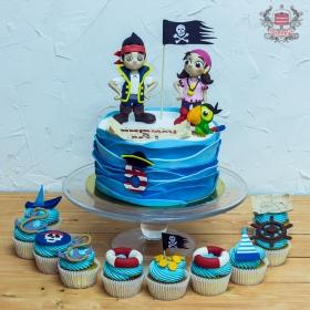 Торт и капкейки пираты лапландии