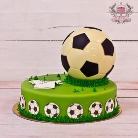 Торт с футбольным мячом