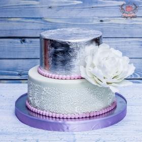 Свадебный торт с пионом