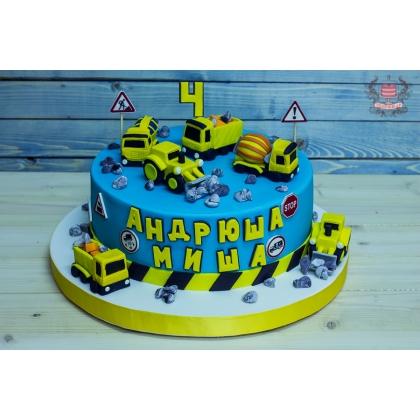 Торт для мальчика со строительной техникой