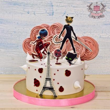 Торт леди баг
