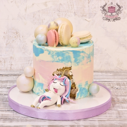 Торт с пони и макарони
