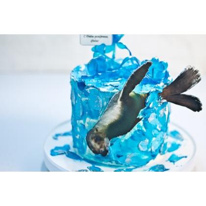 Торт с морским котиком