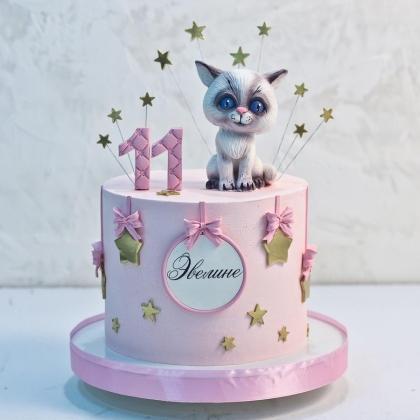 Торт с кошечкой