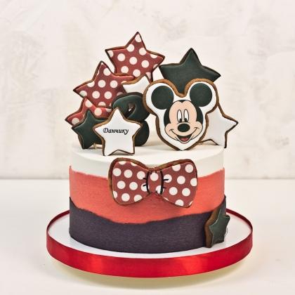 Торт с Минни маус