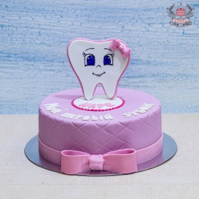 Торт с зубиком