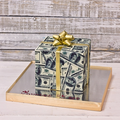 Торт с долларами