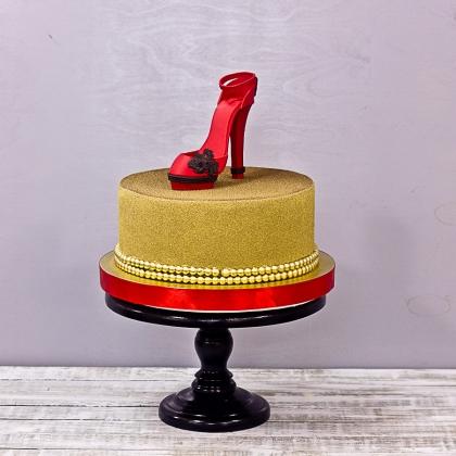 Торт с лабутенами