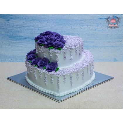 Свадебный торт из сливок
