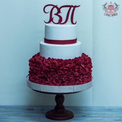 Свадебный торт мастика с инициалами