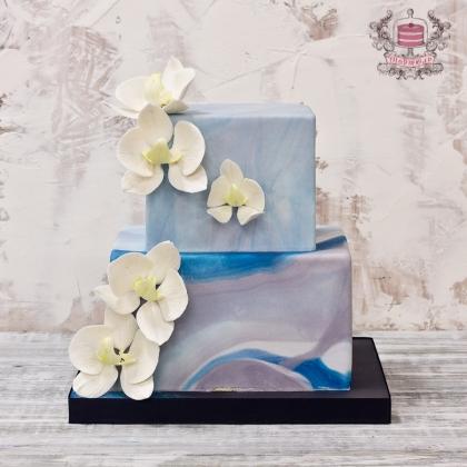 Квадратный свадебный торт